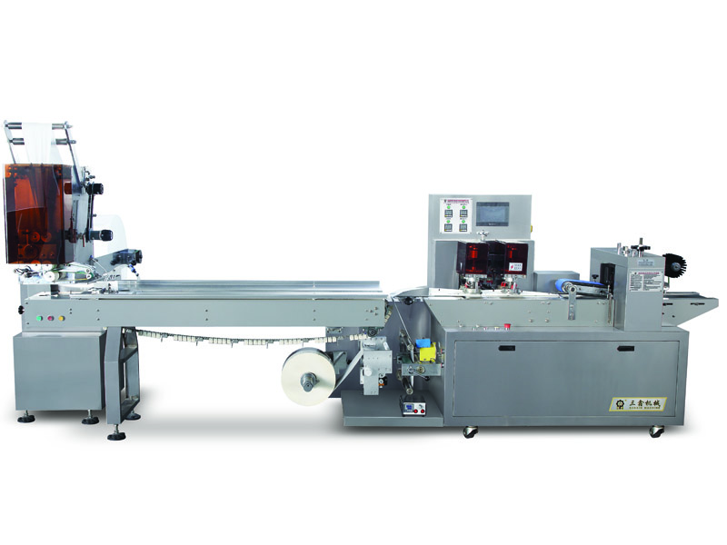Wipes automatic packaging machine